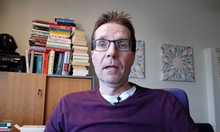 Mika Hyttinen sijoittaja sijoituskirjailija