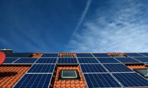 aurinkopaneelit aurinkoenergia sähkö energia