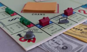 monopoli lautapeli kiinteistösijoittaminen kiinteistöt talous