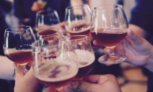 ravintola baari alkoholi talous