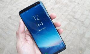 Samsung Galaxy teknologiayhtiö älypuhelin matkapuhelin