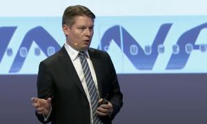 Finnair Topi Manner lentoyhtiö