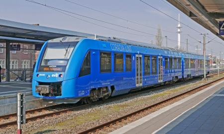 rautatie veturi juna vetyjuna