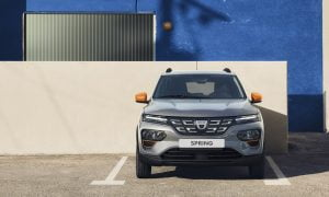Dacia Spring sähköauto täyssähköauto